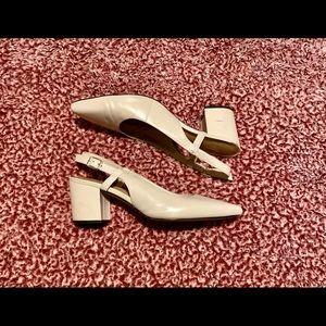 (SIZE 8) Nude Pink Block Heel Slingbacks 💕